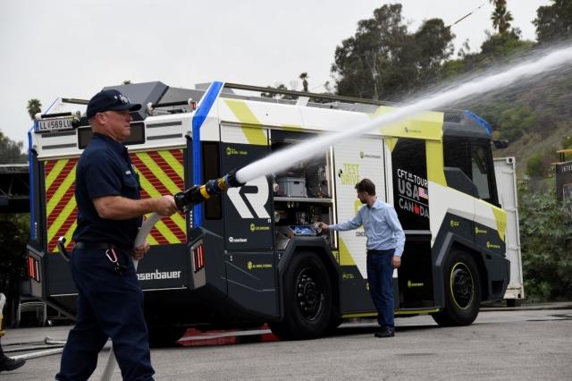 Global Kendaraan Pemadam Kebakaran Udara Market