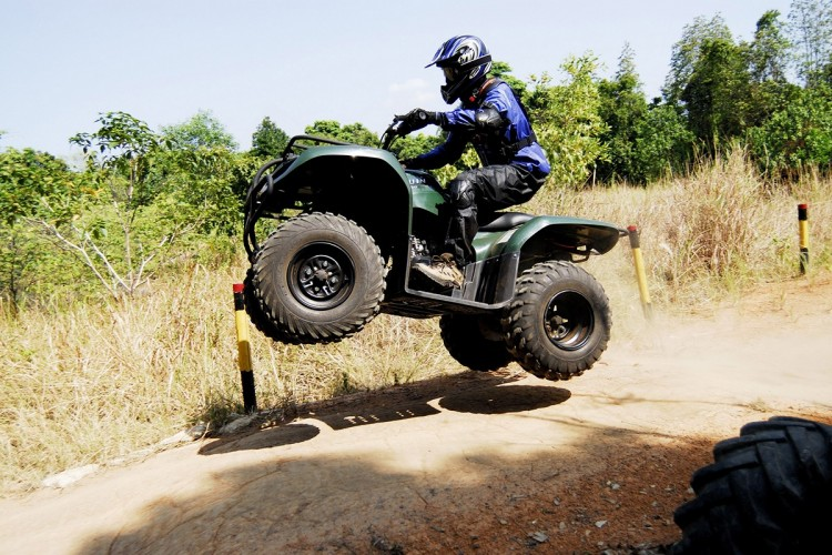 Global Sistem Penerangan ATV All terrain Vehicle Market