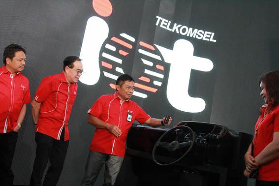 Global Solusi Telematika Kendaraan Komersial Market