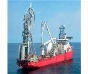 Operator Kapal Pipelay