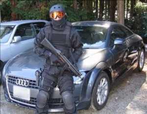 Pasar Keamanan Kendaraan