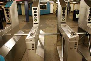 Pintu Putar Subway Pasar