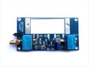 Amplifier dan Transceiver Daya RF Pasar